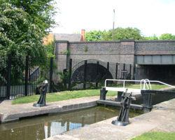 Canal locks on the Kingfisher trail
